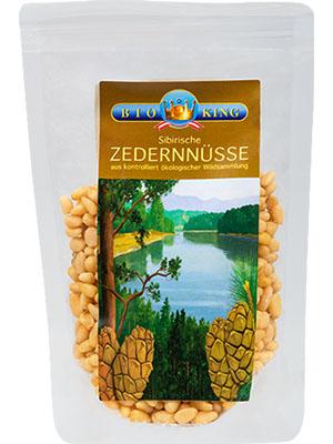 Zedern-Nüsse
