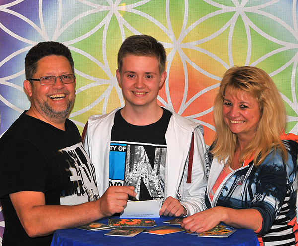 Heike Atts und Ulli Atts Geschäftsführer Blauer Planet GmbH mit Sohn Mario